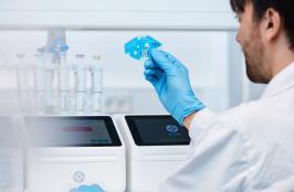A Young Biotech Company Garners Australian Design Award for Innovative Diagnostics