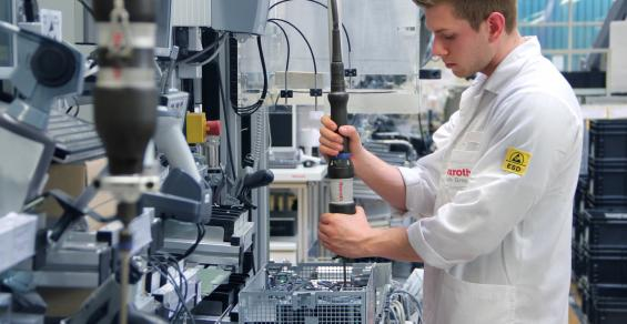 Advancing Medical Device Manufacturing with Factory of the Future Technology