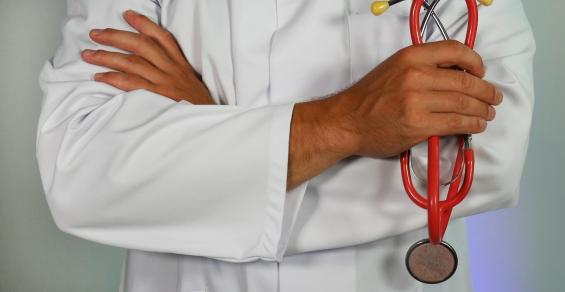 What If We Couldn't Sue Our Doctors for Malpractice?
